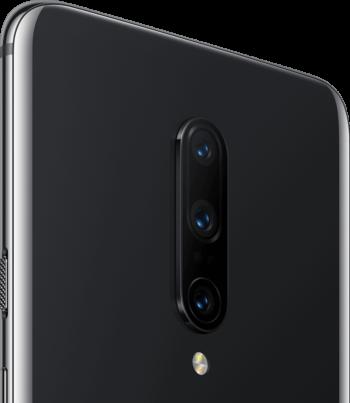 「OnePlus 7 Pro」のトリプルレンズカメラ