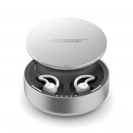 「Bose sleepbuds」のバッテリー内蔵収納ケース