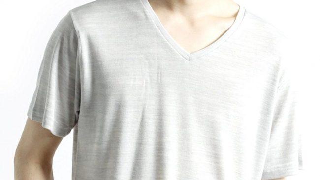 メンズ夏服はロングシーズンで着回せる「モノマート Vネック カットソー」がコスパ最強