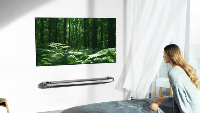 LG、世界最大サイズ77インチの有機ELテレビ「OLED 77W7P」を発売!