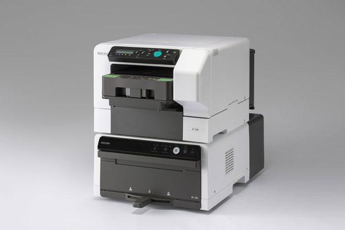 小型DTGプリンター「RICOH Ri 100」