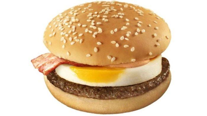 マクドナルド、「月見バーガー」をリニューアルして発売!月見ソースが濃厚に