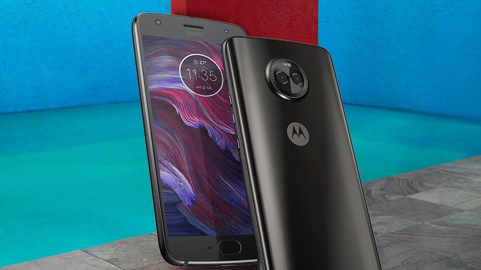 15分の充電で最長8時間駆動するハイスペックスマホ「Moto X4」が発売!