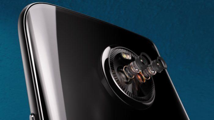 「Moto X4」のデュアルカメラ