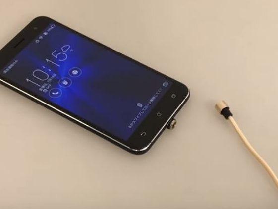 スマホの充電が超ラクになる丸型マグネット着脱コネクターが話題!