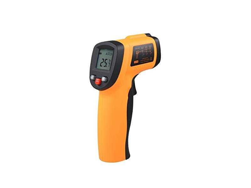 触れずに約0.5秒で計測できる「COZYSWAN赤外線放射温度計」が話題!体温計にピッタリ