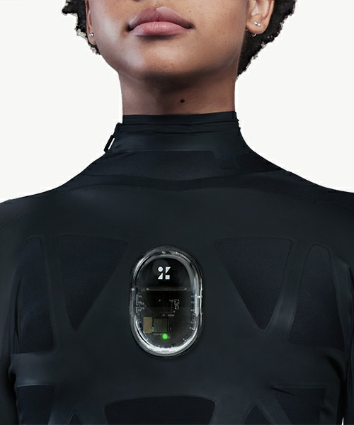 伸縮センサー内蔵ボディースーツ「ZOZOSUIT」の着用イメージ