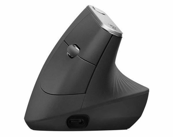 「ロジクール MX Vertical アドバンスエルゴノミックマウス」のUSB-Cポート