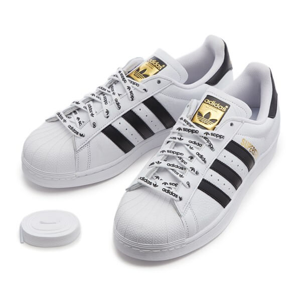 「adidas Originals SUPERSTAR 1986」の本体と付属品