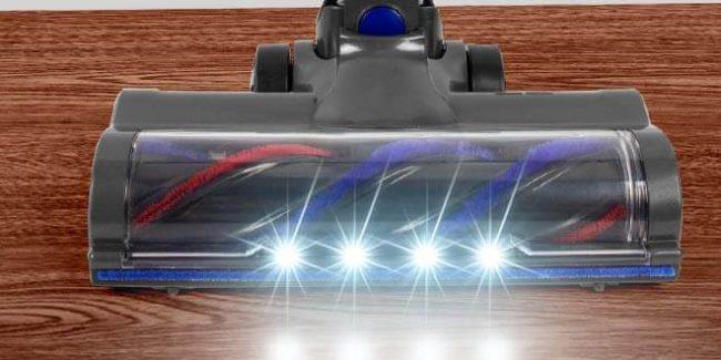 「MooSoo コードレス掃除機 X6」のヘッドのLEDライトライト