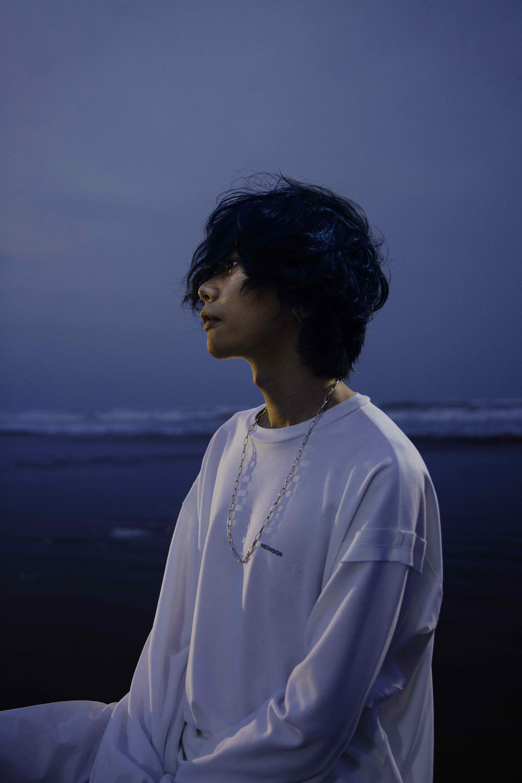 米津玄師の「海の幽霊」アーティスト写真