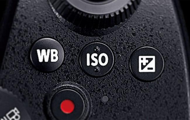 「LUMIX DC-G99」のホワイトバランスボタンと露出補正ボタンとISO感度ボタン