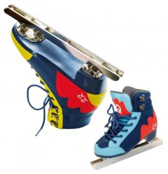 富士急ハイランドオリジナル「二枚刃スケート靴」