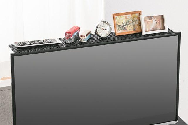 テレビやモニターの上に物を置ける収納台「100-MRSH001」「100-MRSH002」が発売!