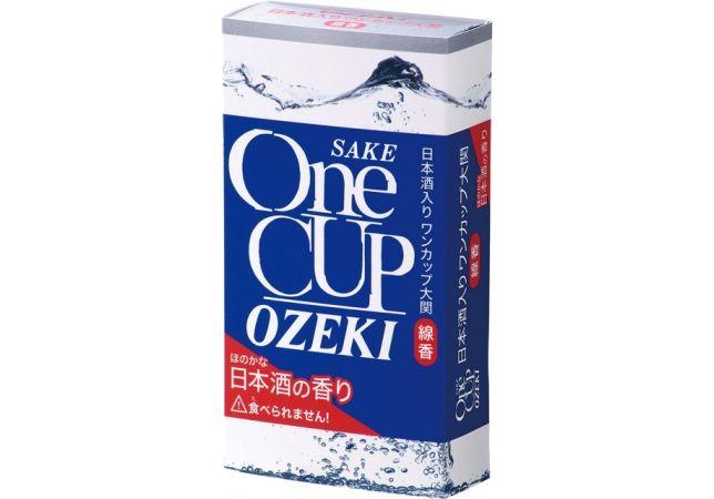 「ワンカップ大関」とコラボしたお線香が発売!ほのかな日本酒の香りが特徴