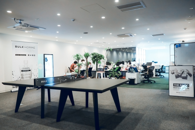 「T4 OFFICE」を設置したオフィスのイメージ