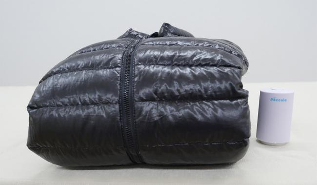 Piccola Bagで圧縮する前のダウンジャケット