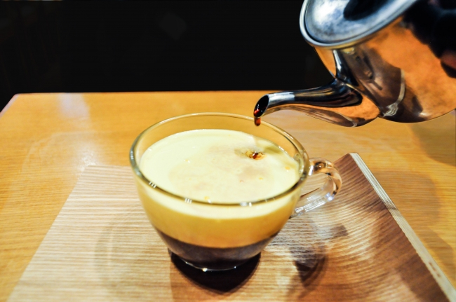 「CAFE GIANG」のエッグコーヒー