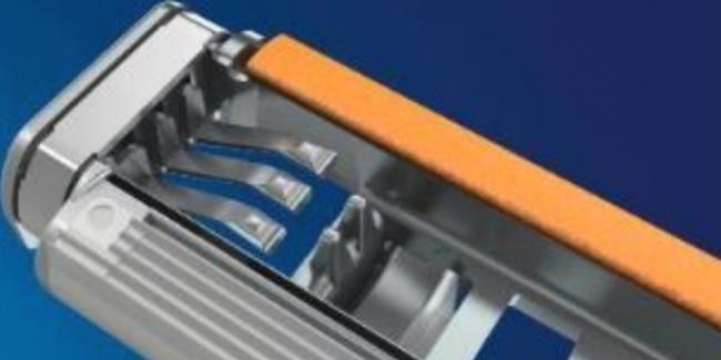「ジレット カスタムプラス 3」シリーズのサスペンションシステム