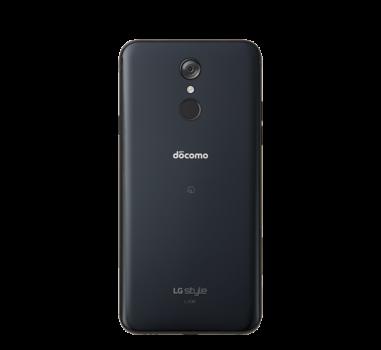 「ドコモ スマートフォン LG style L-03K」の背面