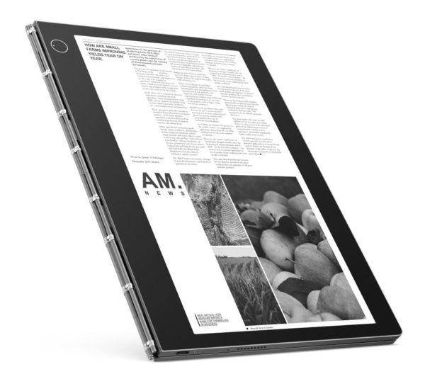 「Yoga Book C930」で書類を閲覧しているときのイメージ