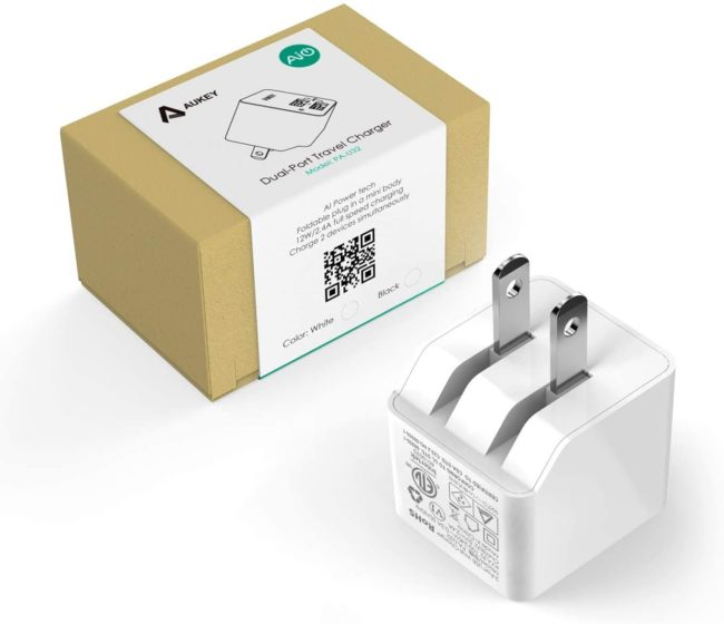 「AUKEY USB充電器(ACアダプター) PA-U32」のパッケージのデザイン